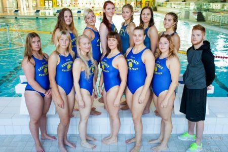Naisten joukkue kaudella 2015 – 2016